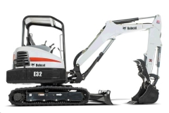 Where to rent MINI EXCAVATOR E32 W  THUMB in Spartanburg SC